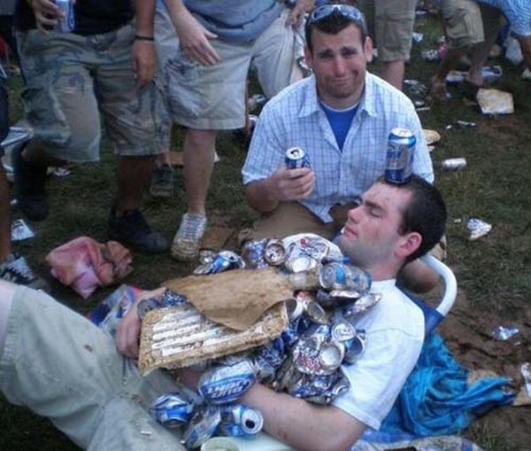 Funny-Drunk-People-Picture-07.jpg