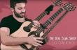 Παίζει πασίγνωστο τραγούδι του Eminem σε μια custom τριπλή κιθάρα