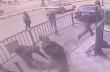 Αίγυπτος: Αστυνομικός πιάνει ένα παιδί που πέφτει από τον 3ο όροφο