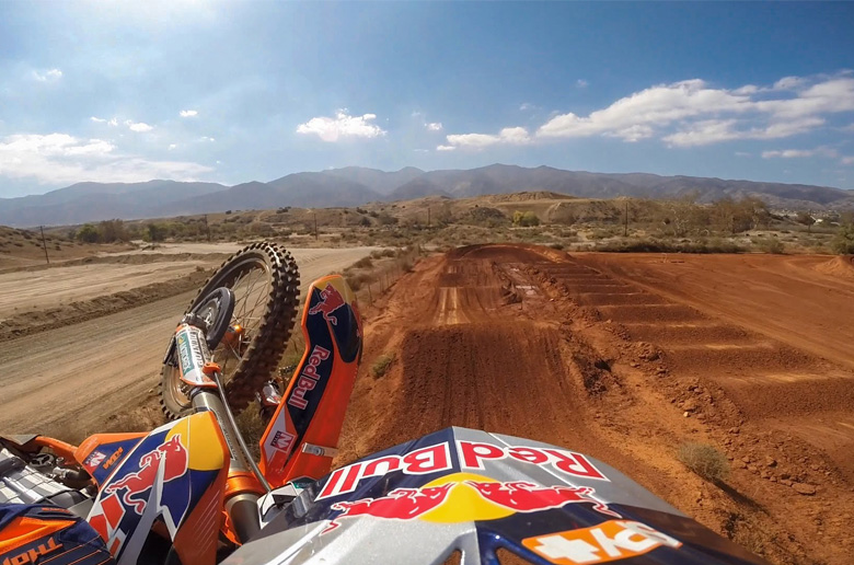 Supercross: O Justin Hill προπονείται