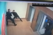 Kλέφτες θέλουν να ξεφύγουν με το ασανσέρ
