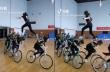 Τρέχοντας πάνω σε ποδηλάτες