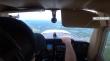 Πιλότος κάνει αναγκαστική προσγείωση