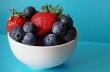 Χάστε κιλά με μια χούφτα φράουλες, σμέουρα και μούρα