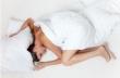 """Τα οφέλη του """"γυμνού"""" ύπνου"""